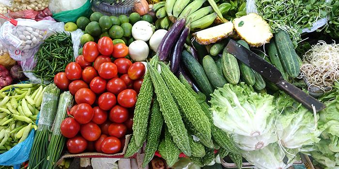 Produce_in_Han_Market_-_Da_Nang,_Vietnam_-_DSC02385