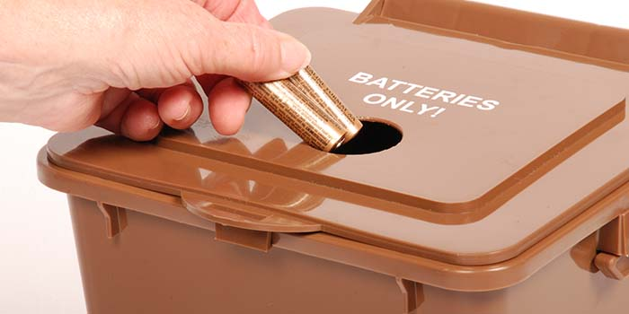 How To Dispose Of Batteries >> An Image